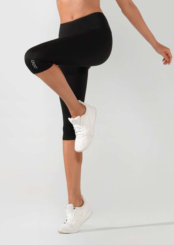 Ultimate Eco 3/4 Tight, Black, hi-res